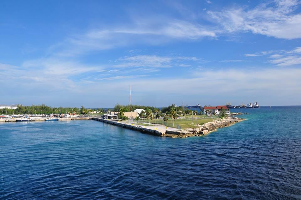 Voor 233 233 N Dag Naar De Bahama S Het Kan Vanuit Florida