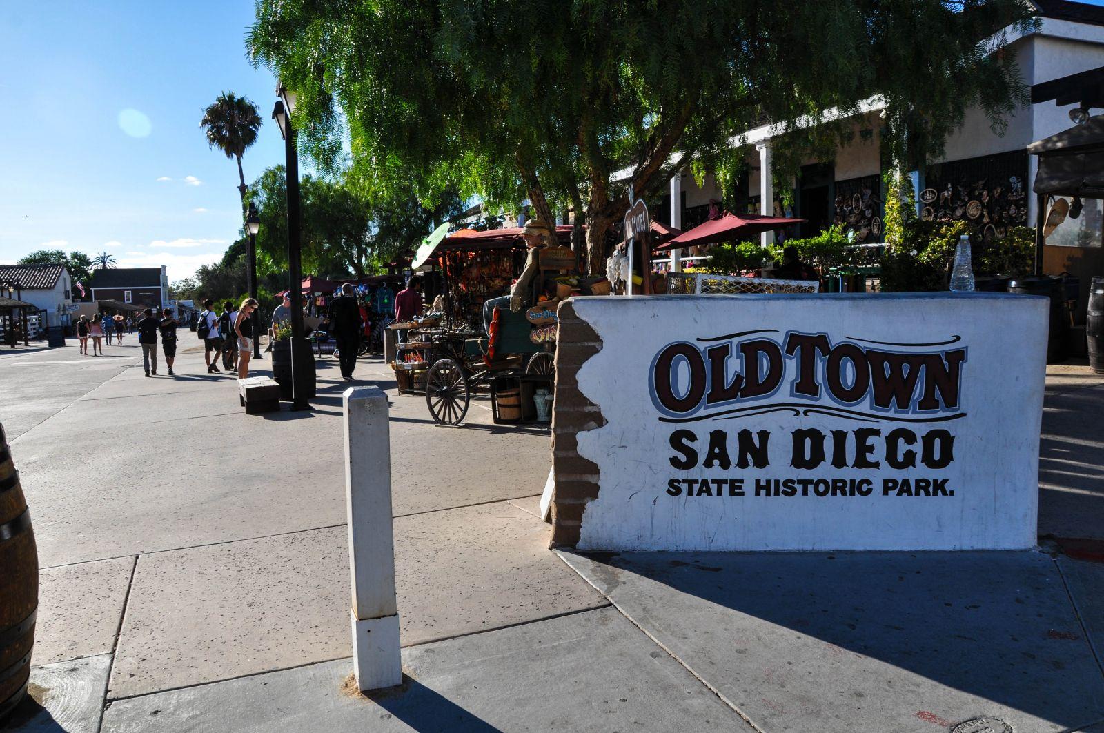 Dit is old town san diego de meest mexicaanse wijk van for Hhgregg san diego