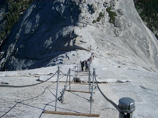 Amerika only zijn dit de engste trappen van amerika - Trappen rots ...