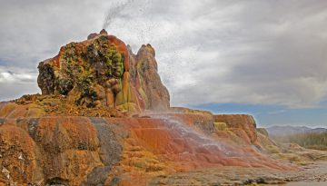 20160318144635_fly-geyser-black-rock-desert-nevada-travel-nevadasydney-martinez