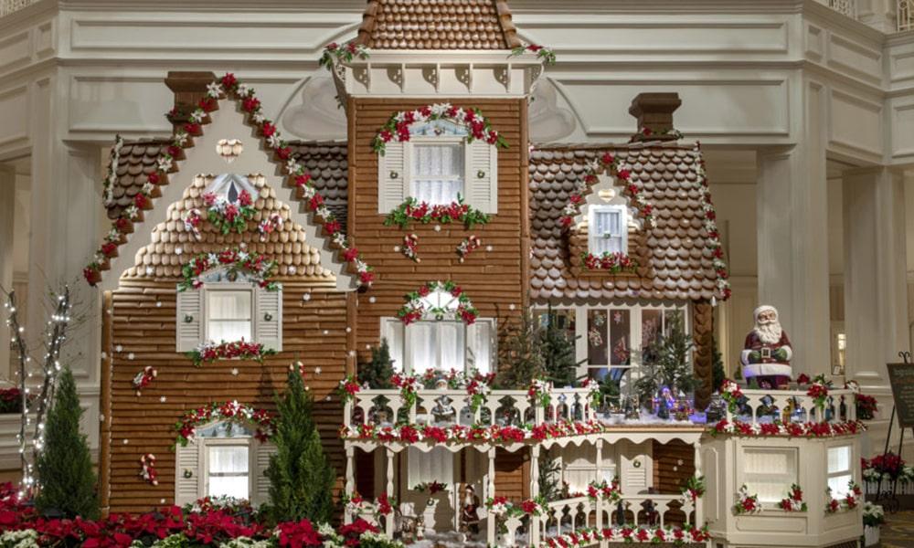 Gingerbread House - Kent Philips via WDW News