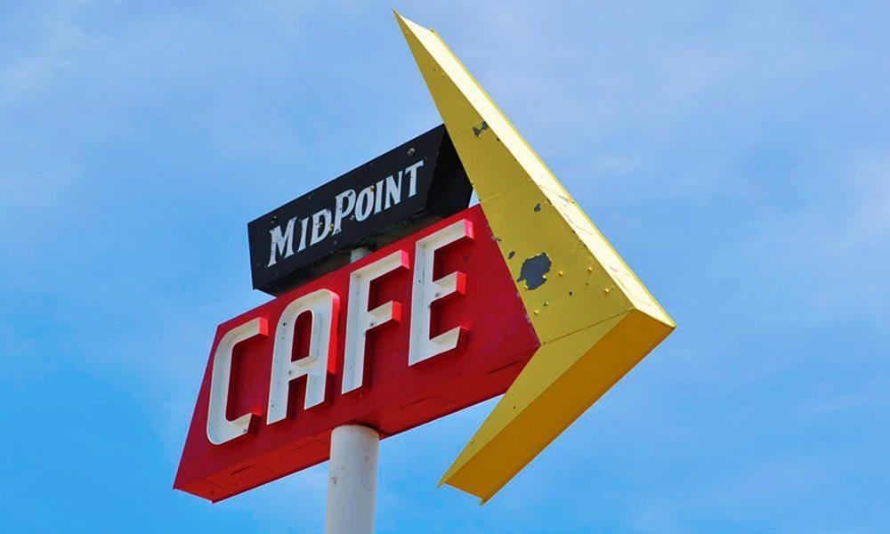 Midpoint Cafe - Anneloes Keunen via Amerika Only-min