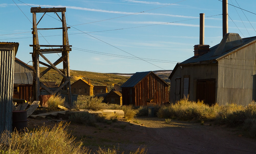 Bodie 2 - Mering via Visit California