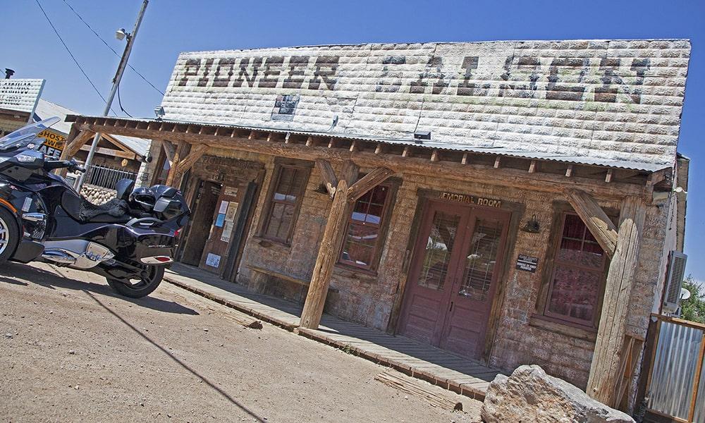 Pioneer Saloon - Sydney Martinez via Travel Nevada