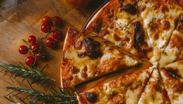 Pizza - Unsplash
