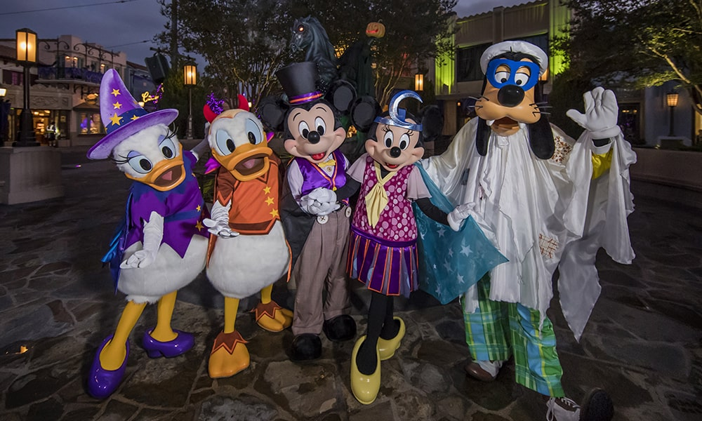 Disneyland 2 - Joshua Sudock via Disneyland Resort-min