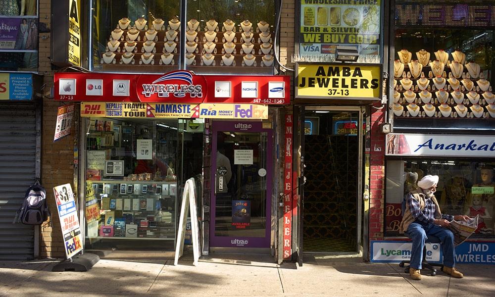 Jackson Heights 2 - Gus Powell via NYC & Company-min