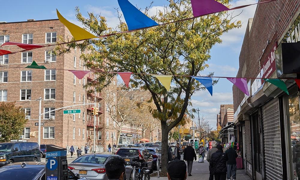 Jackson Heights 3- Gus Powell via NYC & Company-min