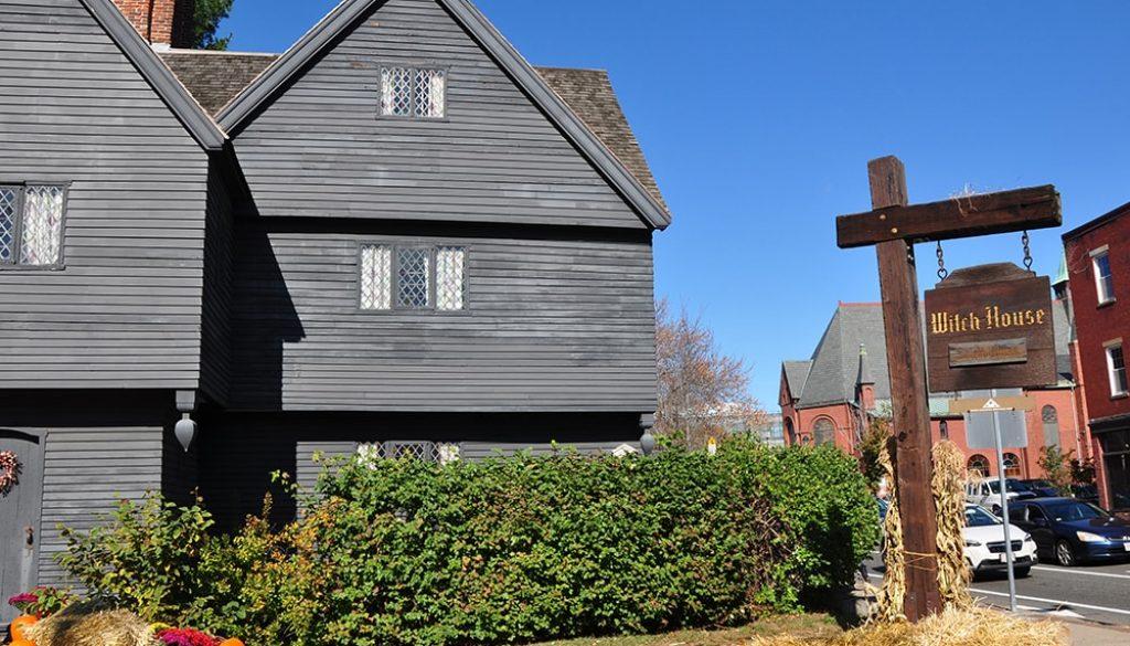 Salem - Anneloes Keunen via Amerika Only
