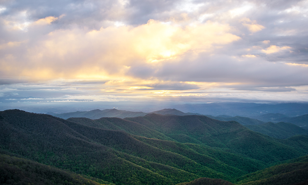 Blue Ridge Mountains - Unsplash