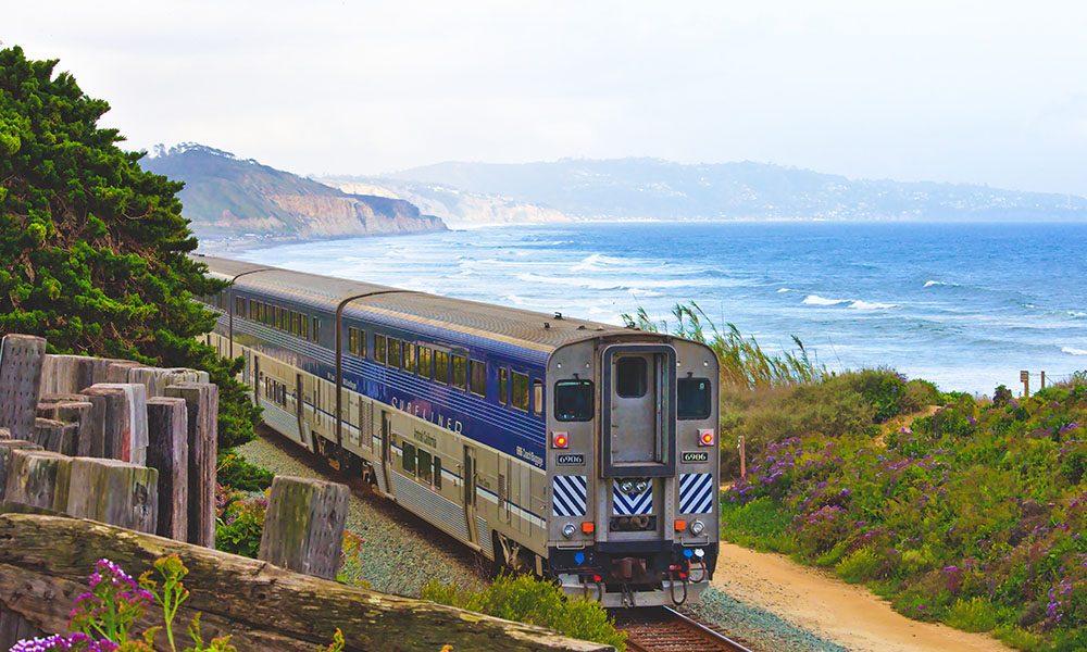 Amtrak - Unsplash