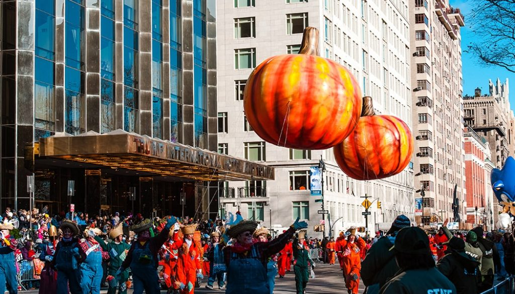 Macy's Thanksgiving Day Parade - Julienne Schaer via NYC & Company